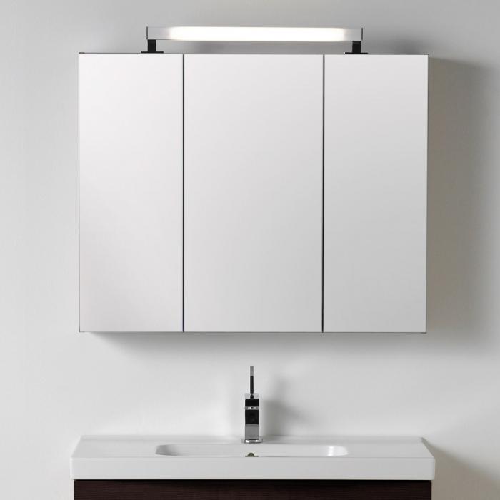 Scanbad Delta Spiegelschrank 3 türig mit aufgesetzter Lampe 120x15x80
