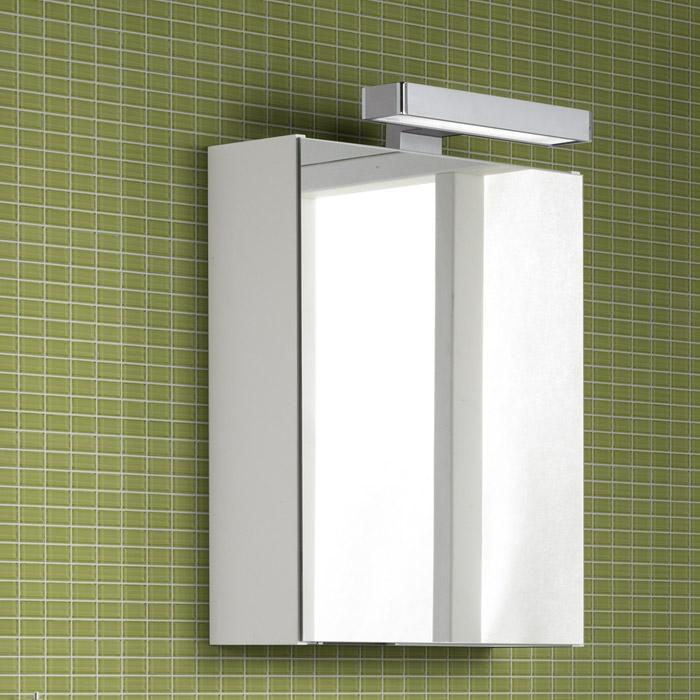 Scanbad Multo Spiegelschrank mit Beleuchtung durch aufgesetztes Licht